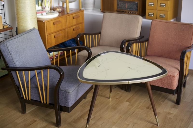 cocktailsessel 50er jahre mit tisch raumwunder vintage wohnen in n rnberg. Black Bedroom Furniture Sets. Home Design Ideas