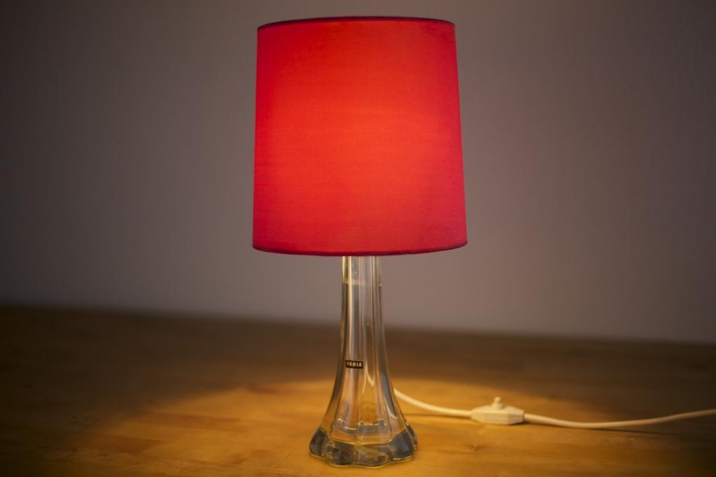 tischlampe doria 60er jahre raumwunder vintage wohnen in n rnberg. Black Bedroom Furniture Sets. Home Design Ideas