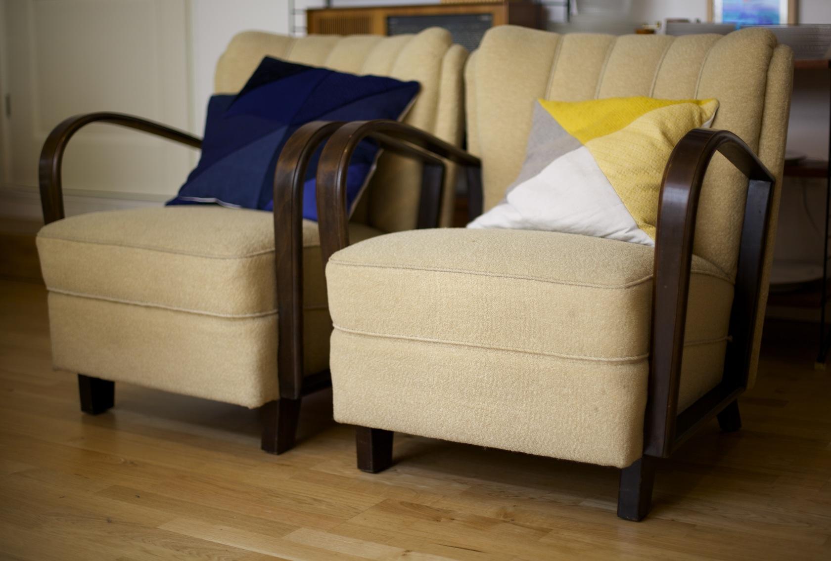 zwei armlehnsessel ca 50er jahre raumwunder vintage wohnen in n rnberg. Black Bedroom Furniture Sets. Home Design Ideas