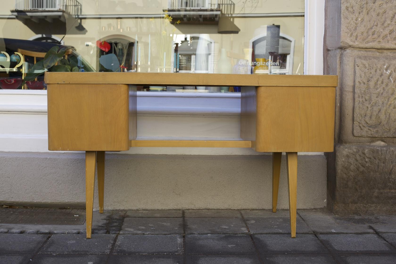 schreibtisch 50er jahre eka werk raumwunder vintage wohnen in n rnberg. Black Bedroom Furniture Sets. Home Design Ideas