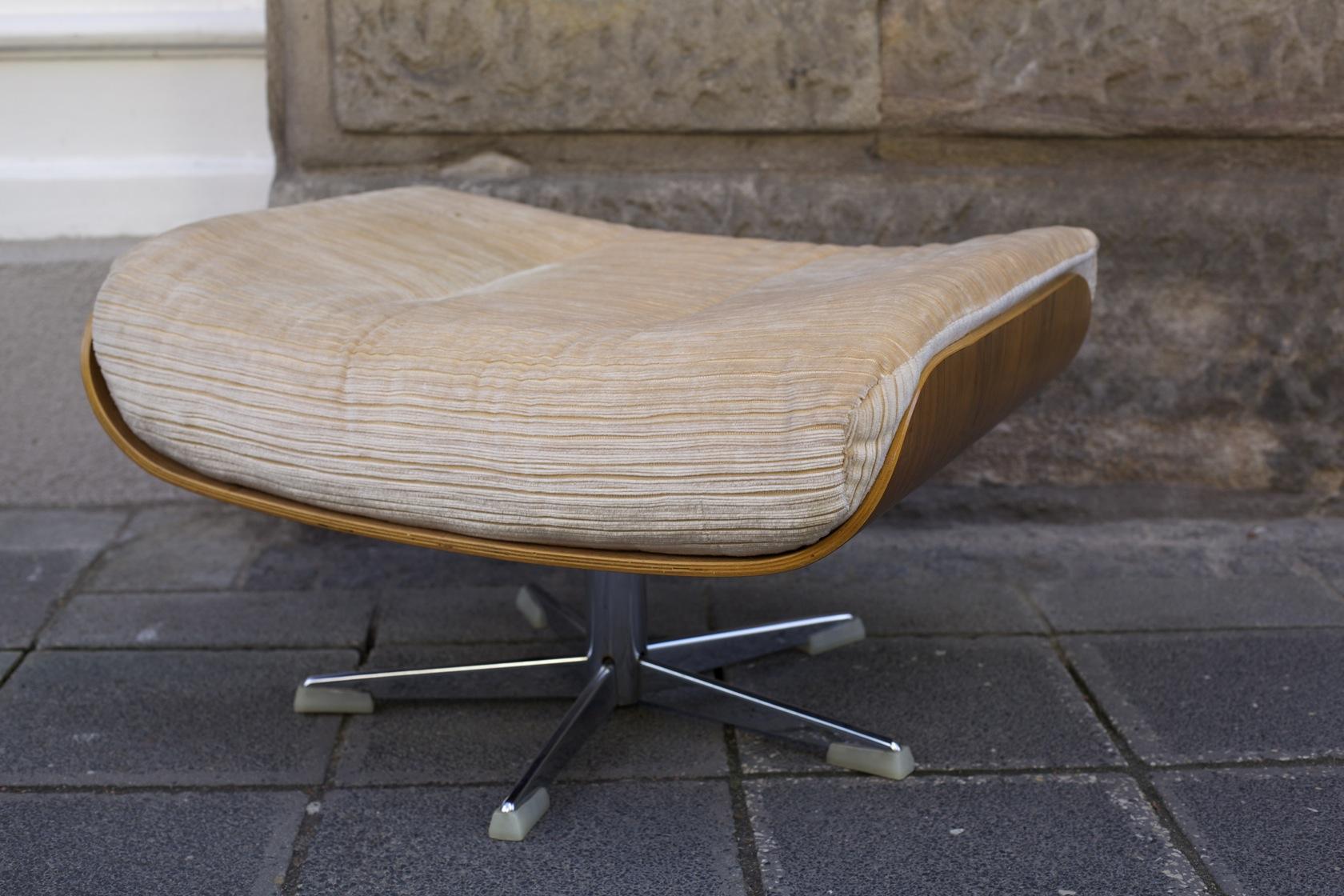 Hocker ottoman kopie raumwunder vintage wohnen in for Eames stuhl kopie