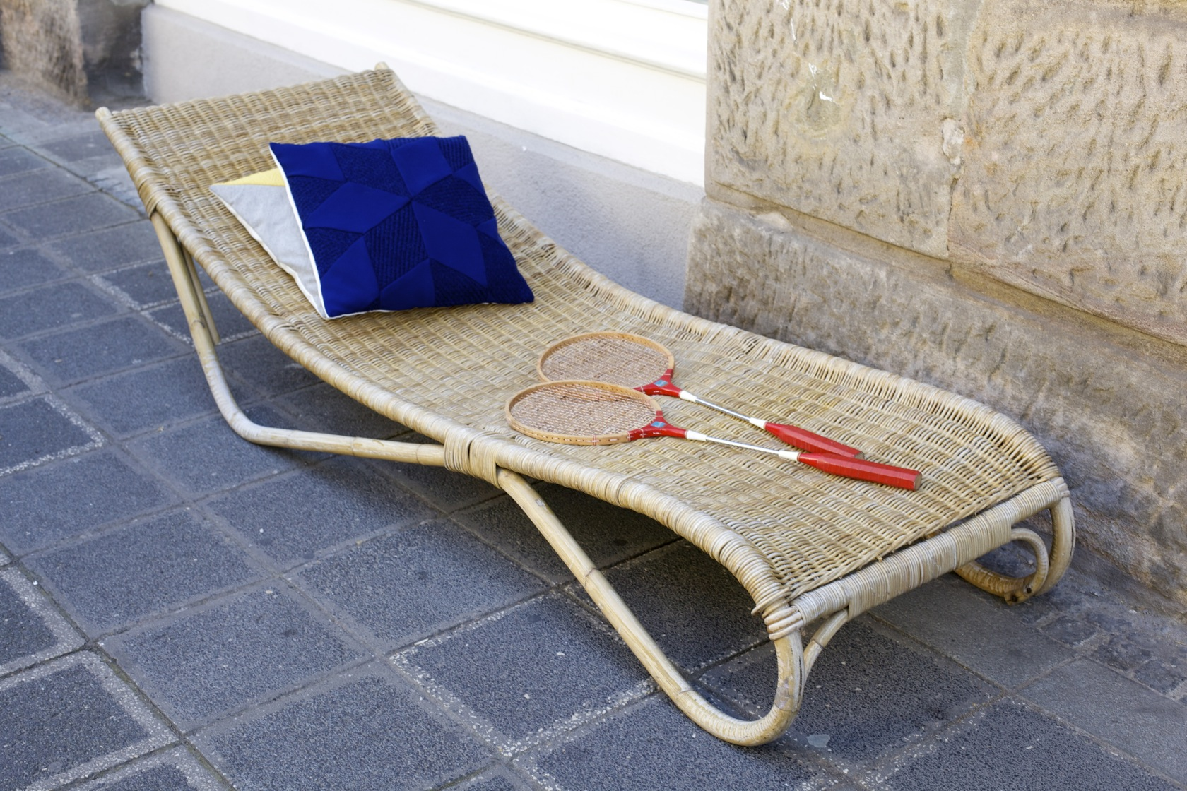 rattanliege der 50er jahre raumwunder vintage wohnen in n rnberg. Black Bedroom Furniture Sets. Home Design Ideas