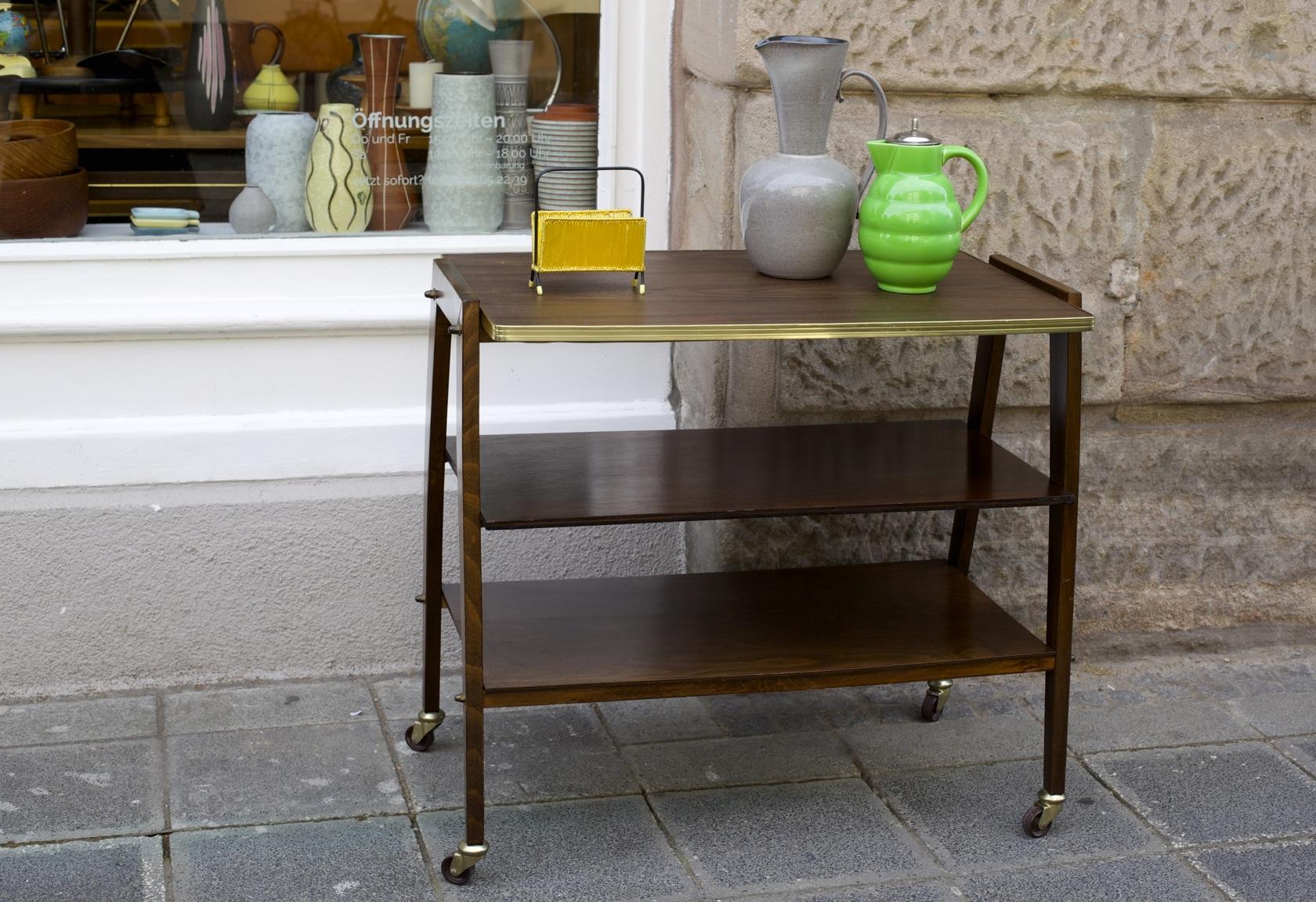 gro er servierwagen 50er jahre raumwunder vintage wohnen in n rnberg. Black Bedroom Furniture Sets. Home Design Ideas