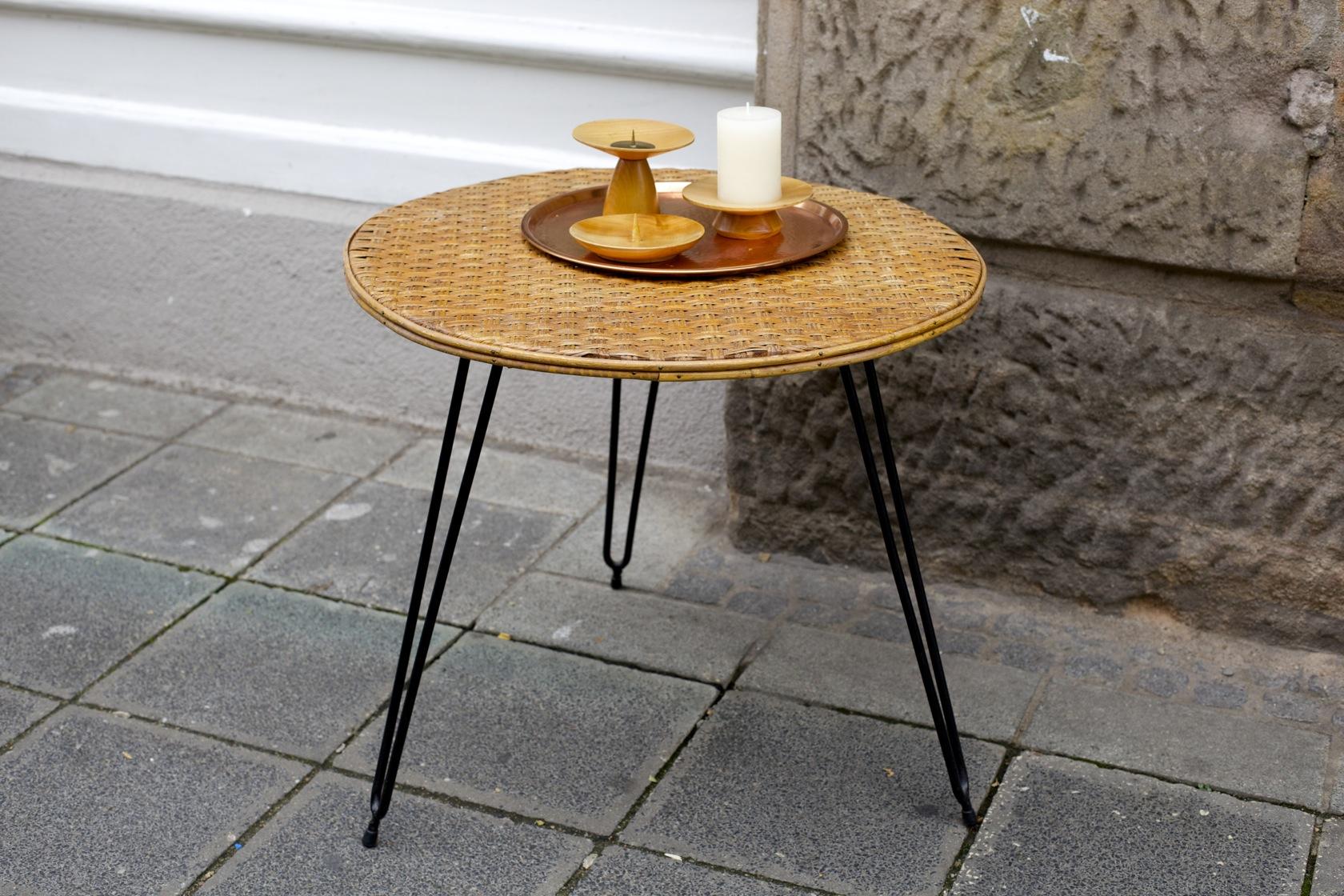 rattan tisch with rattan tisch fabulous gartenmbel rattan tisch mit glasplatte wegen umzug. Black Bedroom Furniture Sets. Home Design Ideas