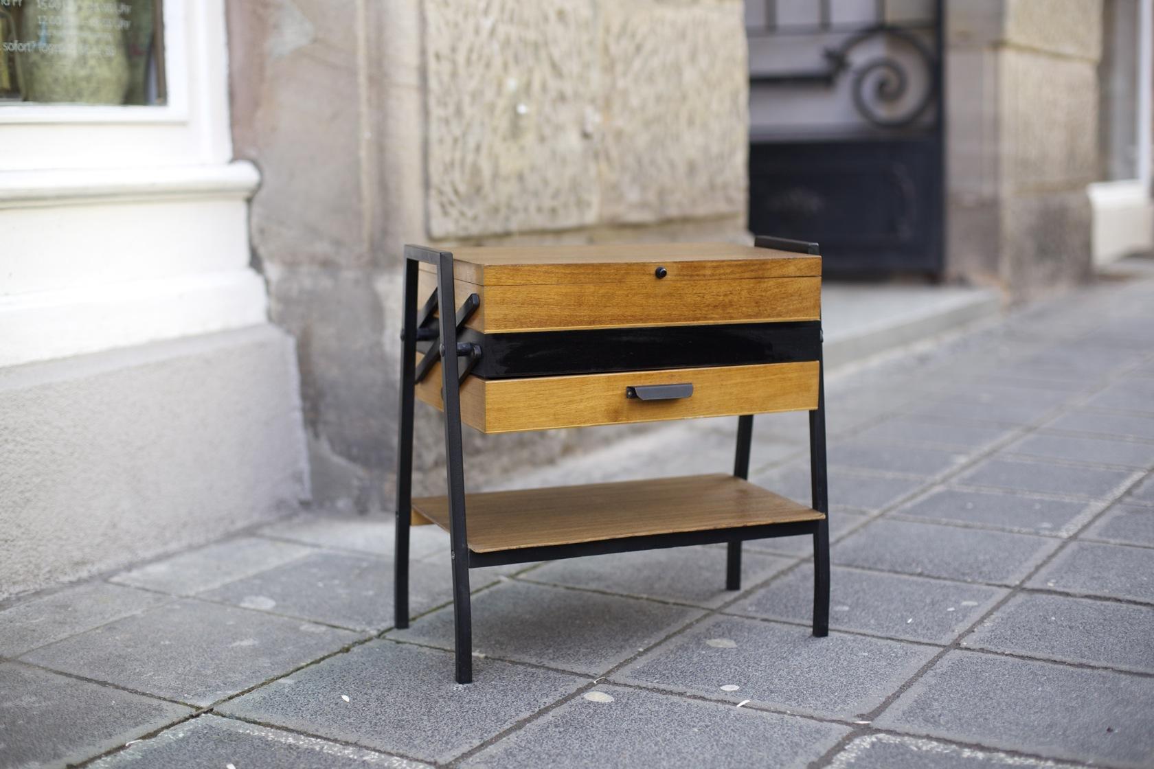 n hk stchen aus den 50er jahren raumwunder vintage. Black Bedroom Furniture Sets. Home Design Ideas