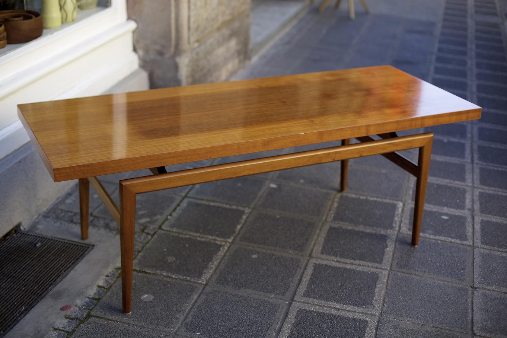 couchtisch aus den 60er jahren raumwunder vintage wohnen in n rnberg. Black Bedroom Furniture Sets. Home Design Ideas