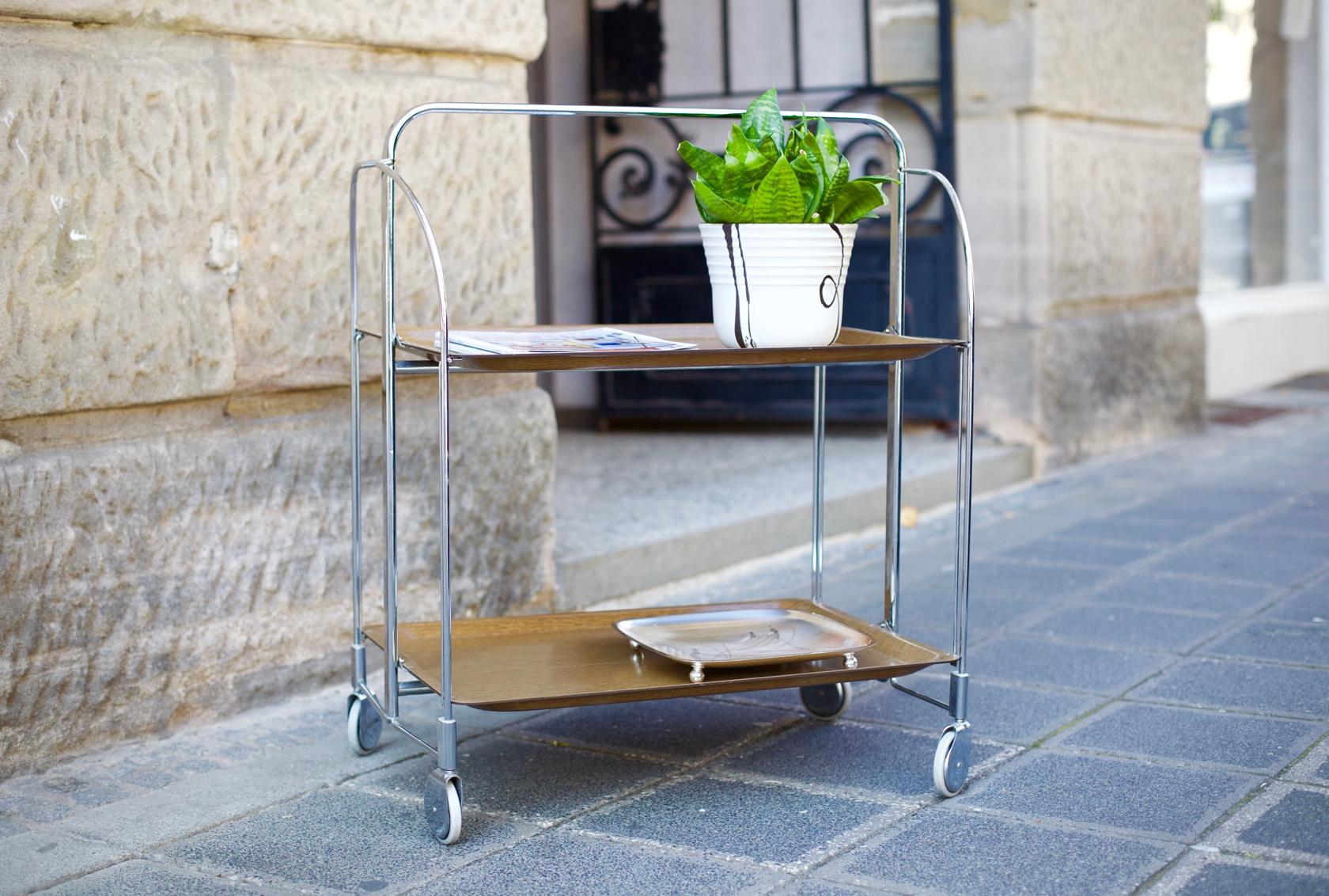 servierwagen dinett aus den 60er jahren raumwunder vintage wohnen in n rnberg. Black Bedroom Furniture Sets. Home Design Ideas