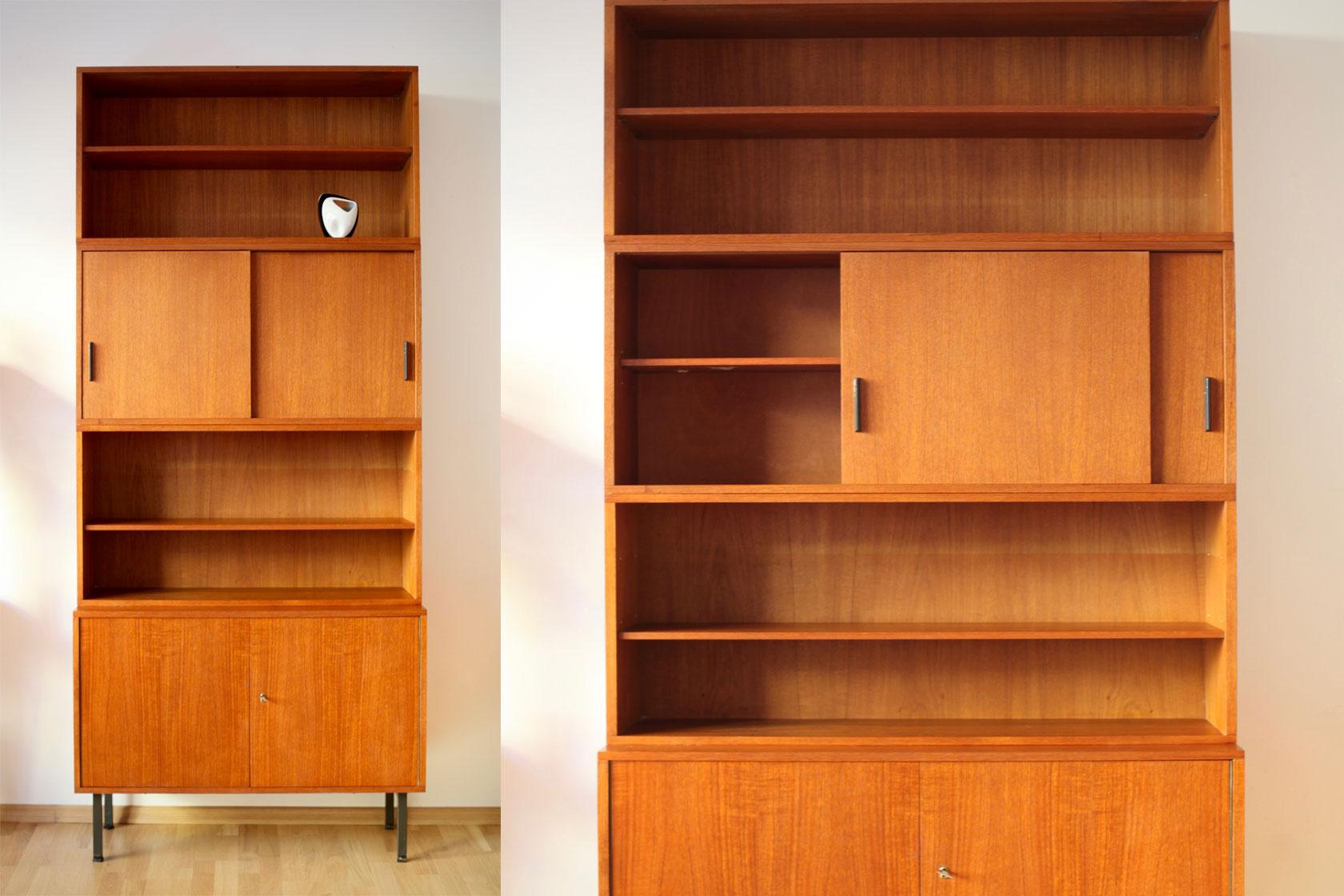 standregal 50er jahre in teakfurnier raumwunder vintage wohnen in n rnberg. Black Bedroom Furniture Sets. Home Design Ideas
