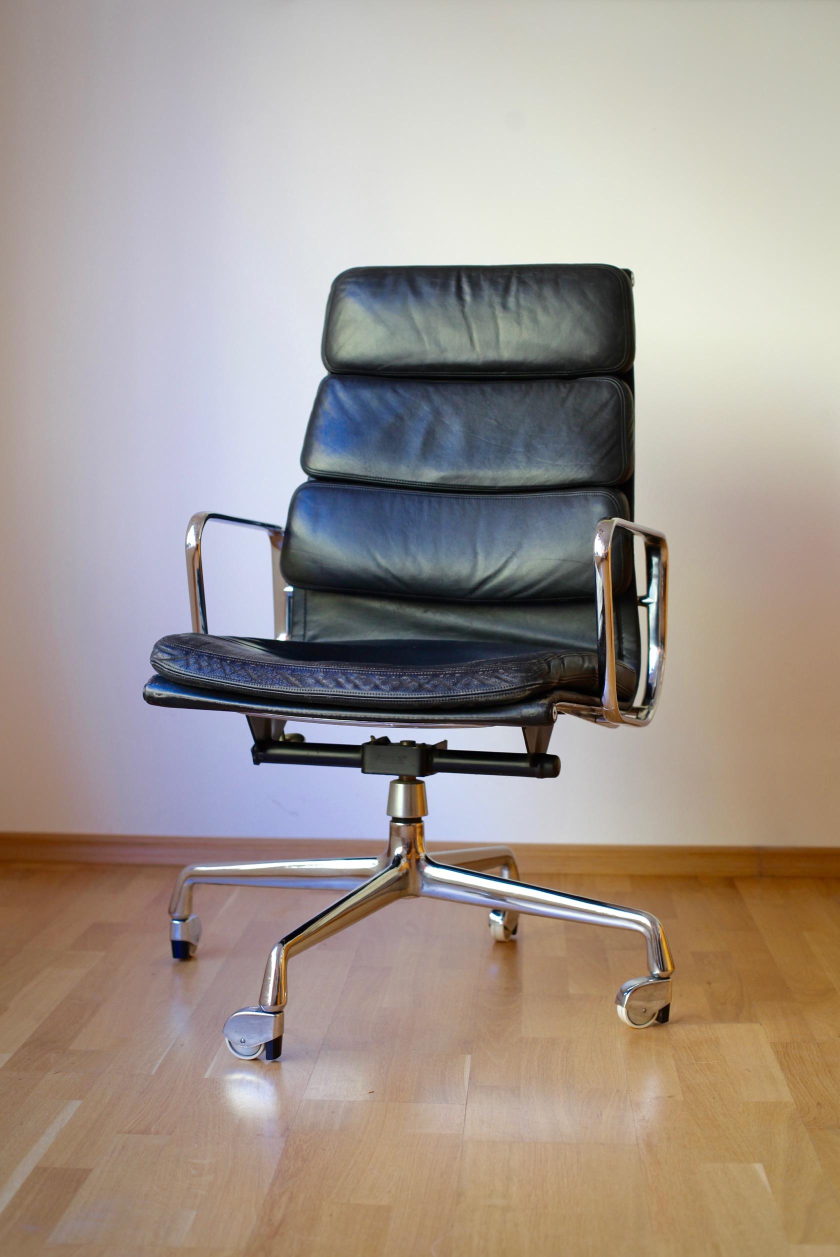 Charles Und Ray Eames Der Soft Pad Chair Ea 219