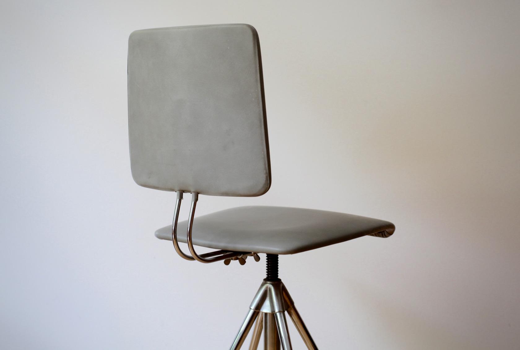 vintage schreibtischstuhl von hailo raumwunder vintage wohnen in n rnberg. Black Bedroom Furniture Sets. Home Design Ideas