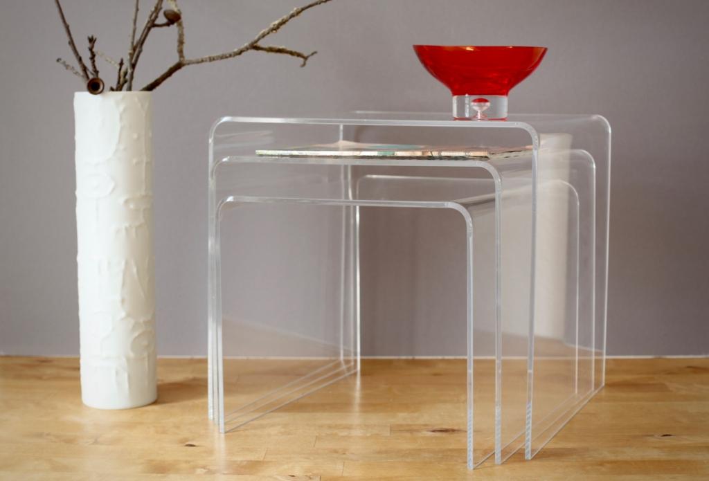 drei acryl satztische aus den 70er jahren raumwunder. Black Bedroom Furniture Sets. Home Design Ideas