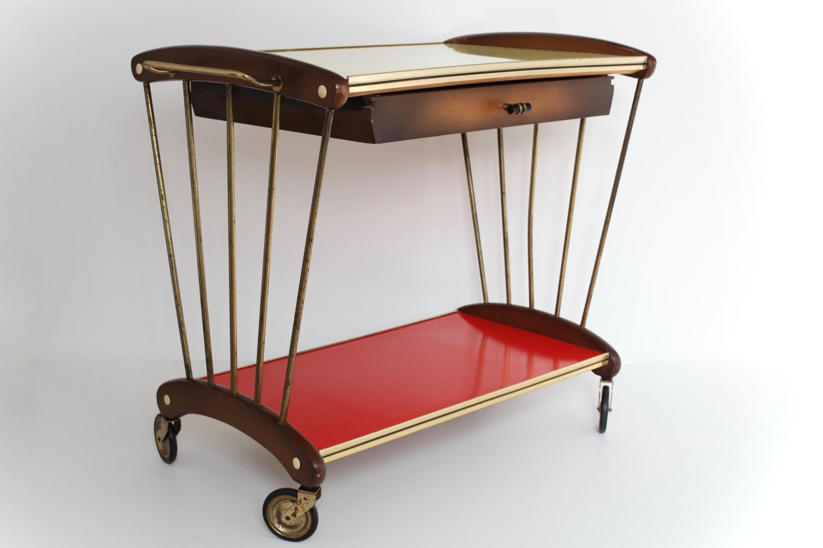 50ies servierwagen mit schublade raumwunder vintage wohnen in n rnberg. Black Bedroom Furniture Sets. Home Design Ideas