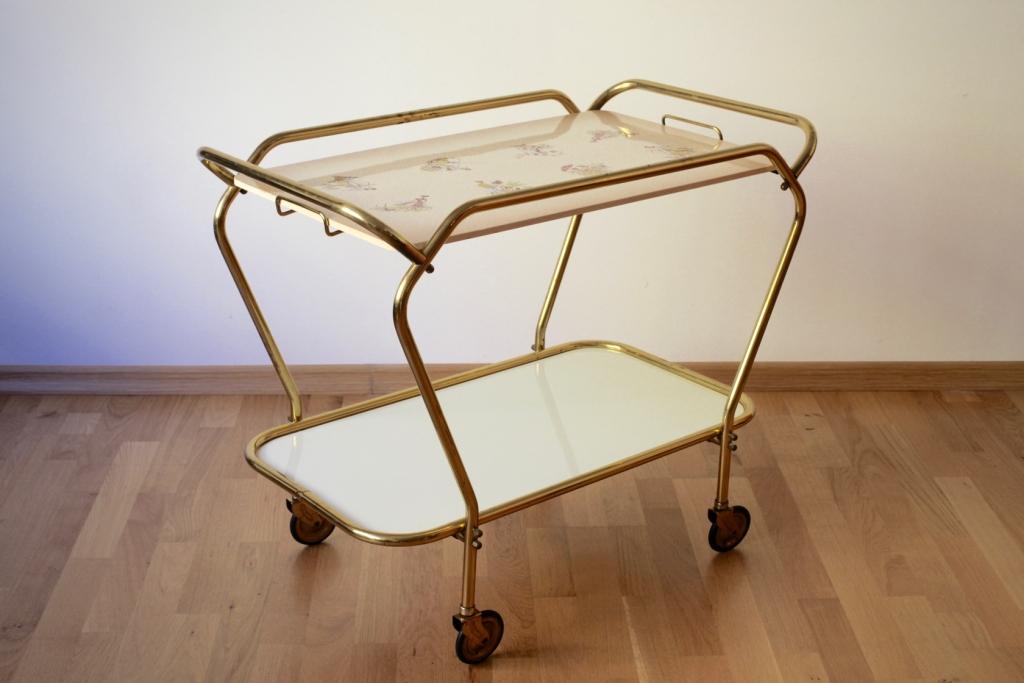 servierwagen aus den 50er jahren raumwunder vintage wohnen in n rnberg. Black Bedroom Furniture Sets. Home Design Ideas