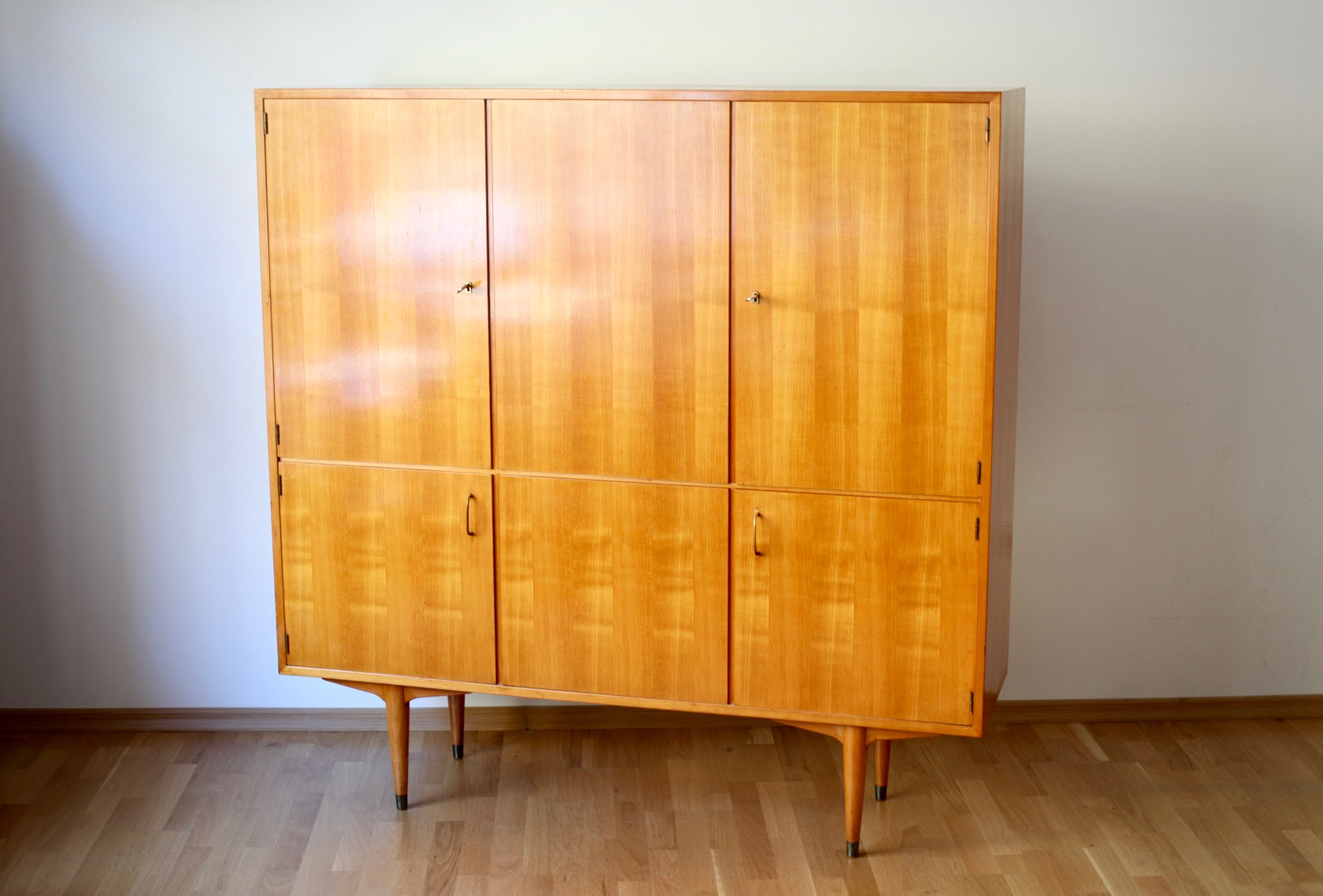 50ies highboard in kirsche raumwunder vintage wohnen in n rnberg. Black Bedroom Furniture Sets. Home Design Ideas