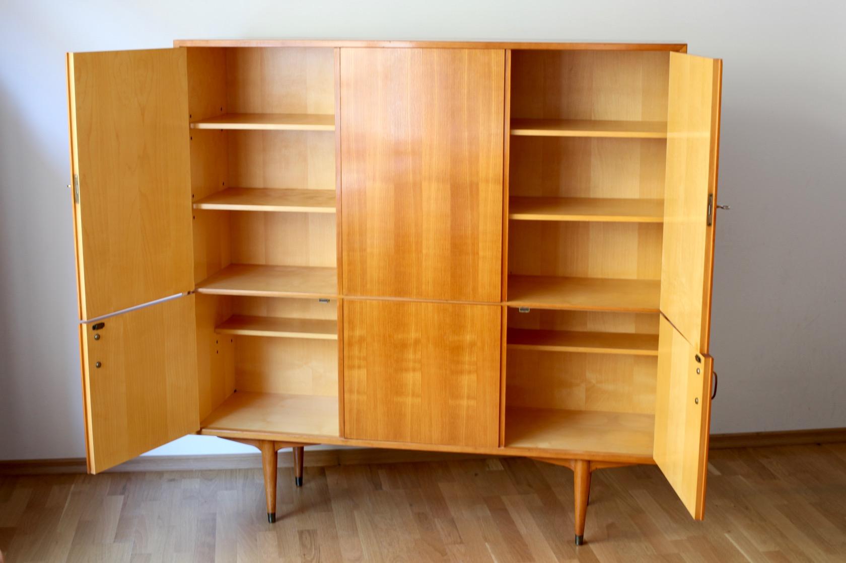 50ies highboard in kirsche raumwunder vintage wohnen in n rnberg. Black Bedroom Furniture Sets. Home Design Ideas