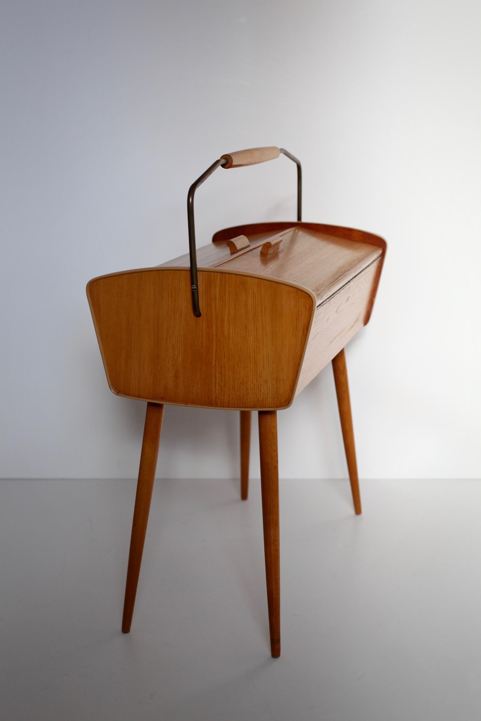 N hk stchen aus den 50er jahren raumwunder vintage for Sessel aus den 50er jahren
