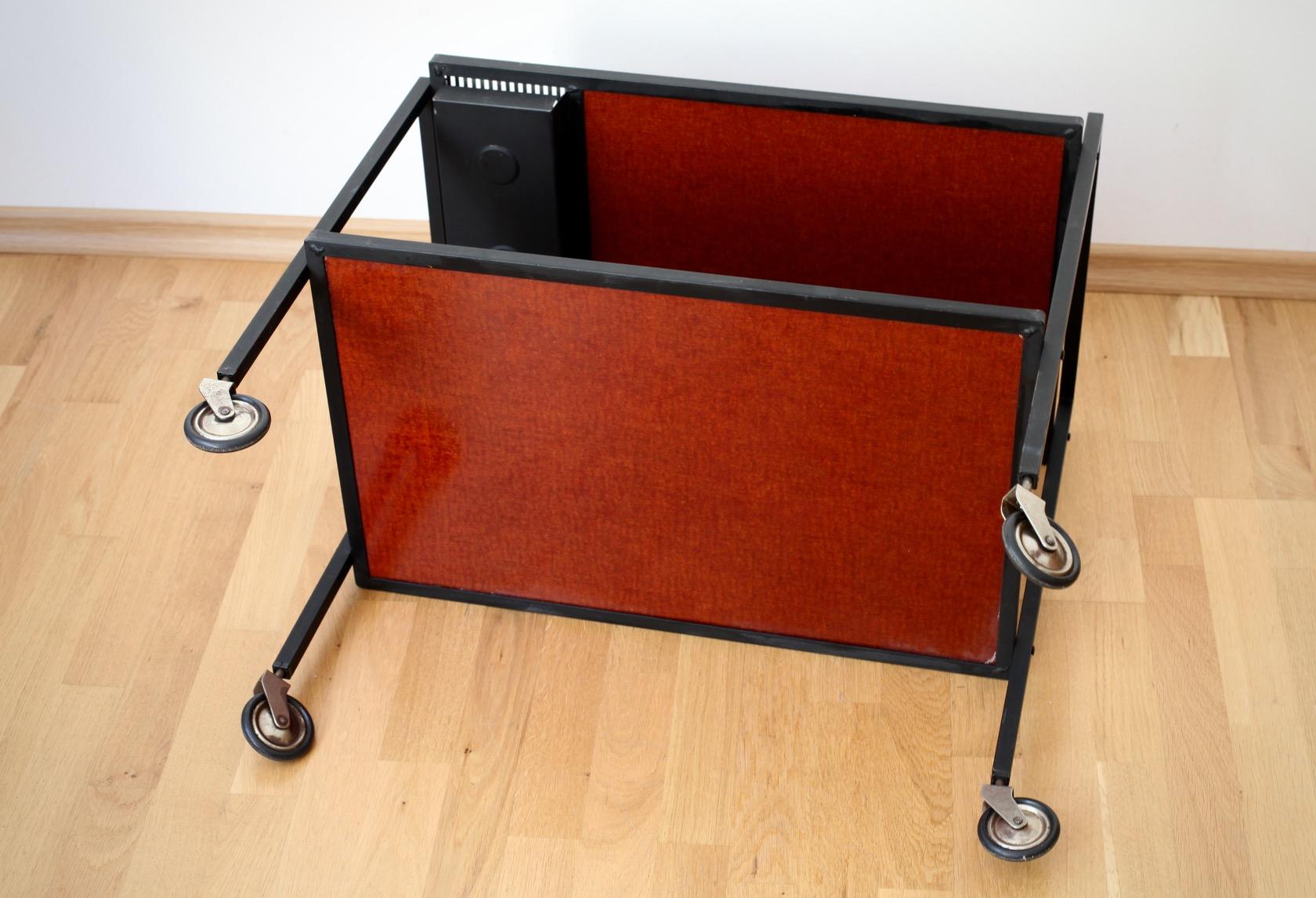 Servierwagen aus den 60er jahren raumwunder vintage for Mobel aus den 60er jahren