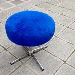 flauschhocker-blau-1