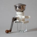 wand-kaffeemuehle-1