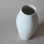relief-vase-3