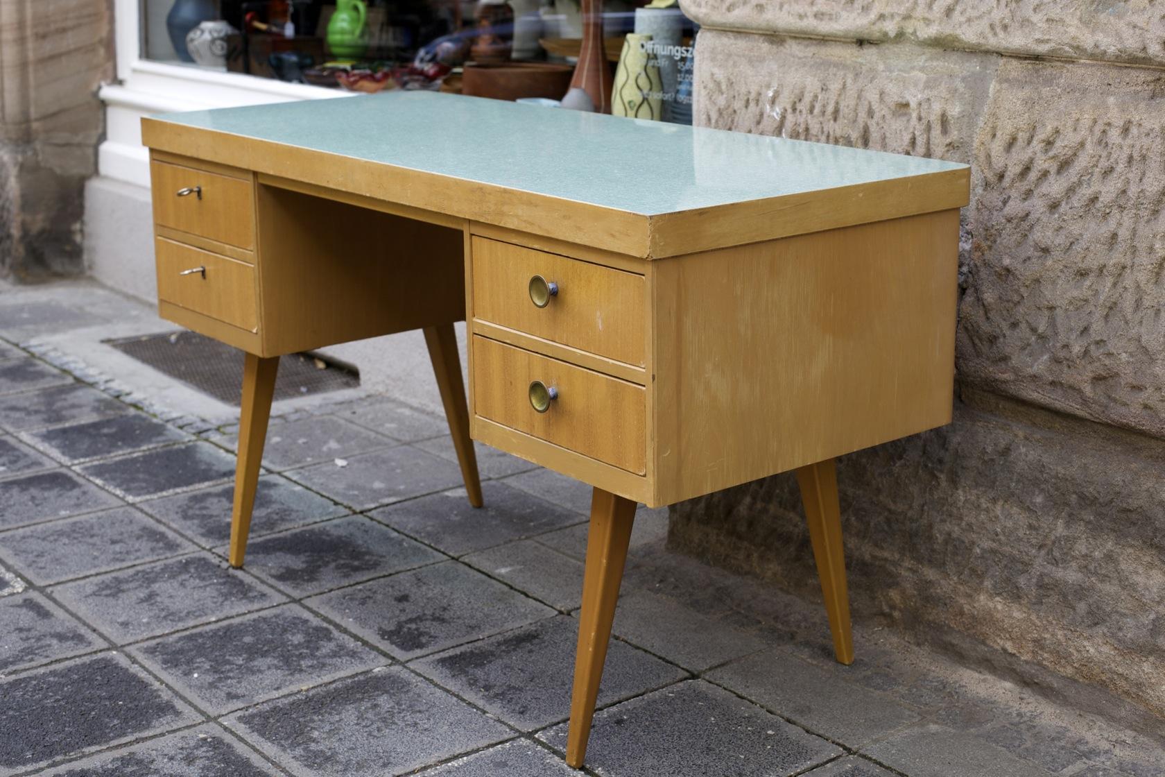 schreibtisch eka werk 50er jahre raumwunder vintage wohnen in n rnberg. Black Bedroom Furniture Sets. Home Design Ideas