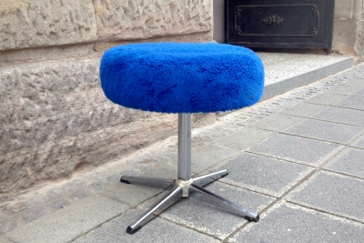 flauschhocker-blau-6